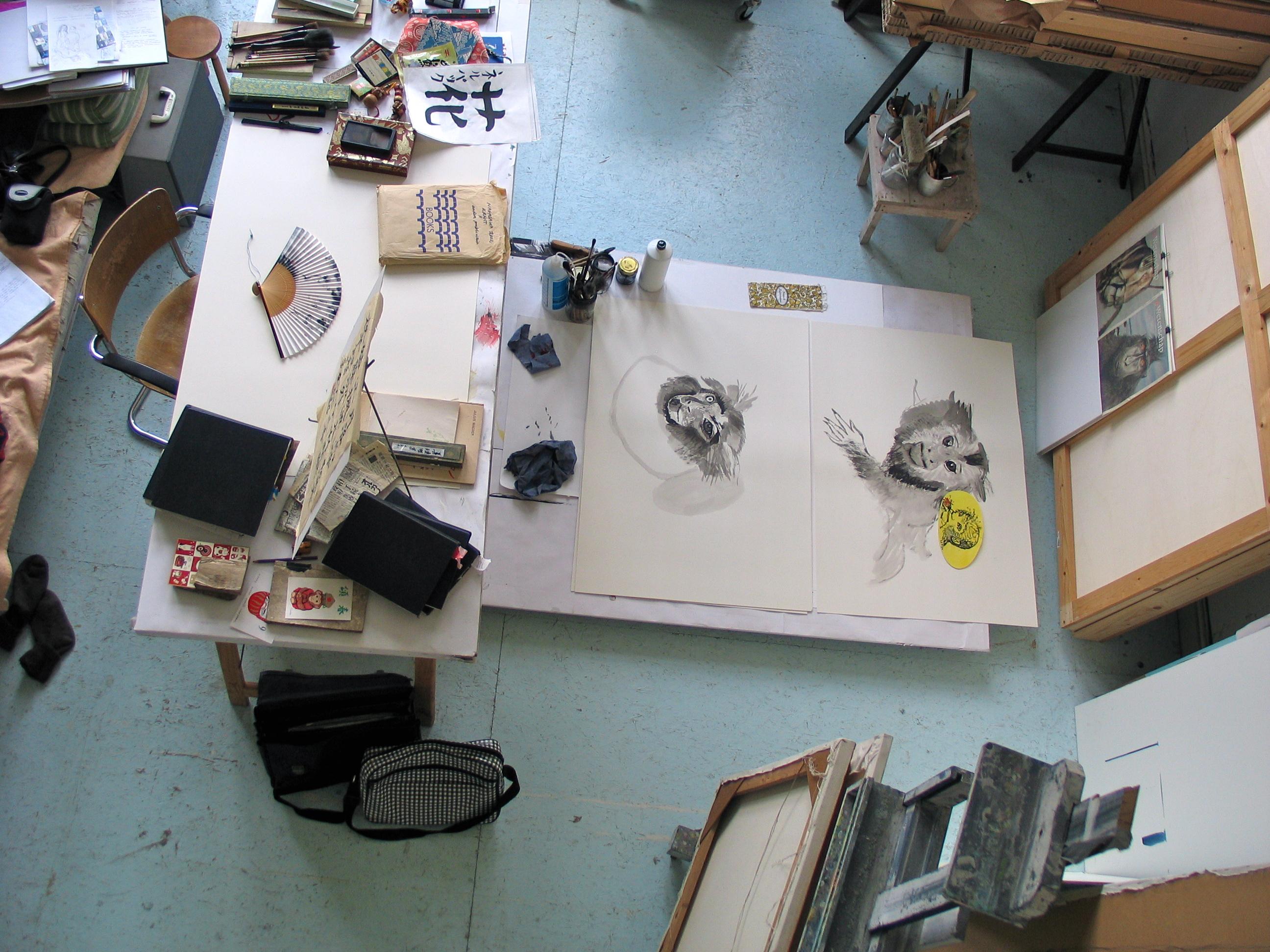 Atelier (Alkhof 57c, Utrecht), 17 juni 2009, met inkttekeningen Aap No. 1 en 2